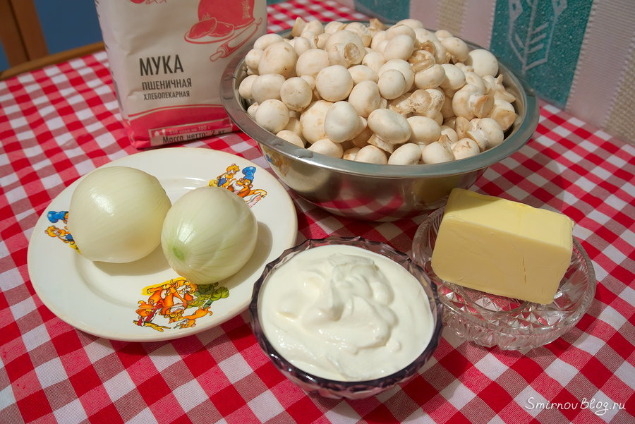 Рецепт жульена на сковороде со сметаной